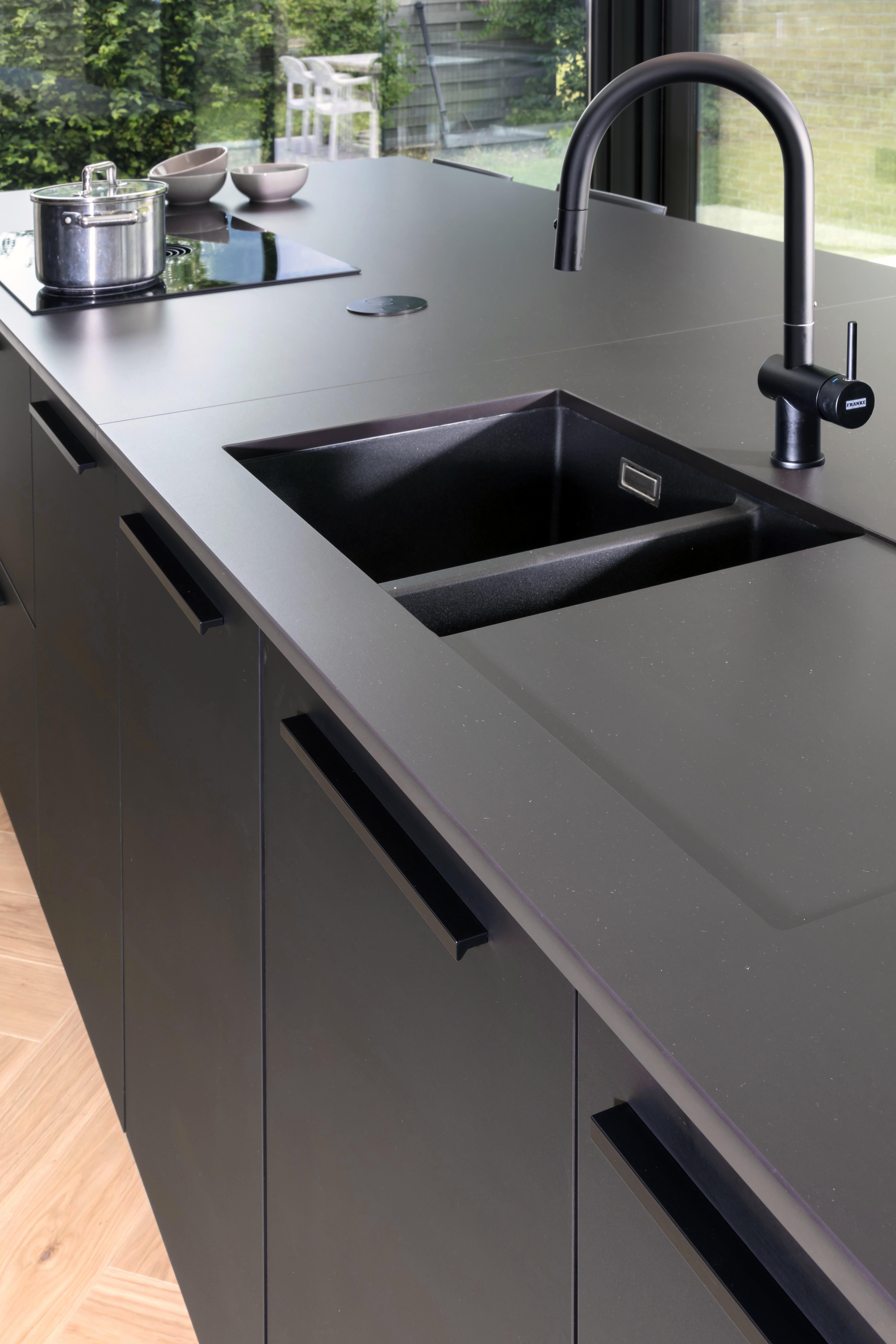 Stijlvol Zwart Delrue Keukens